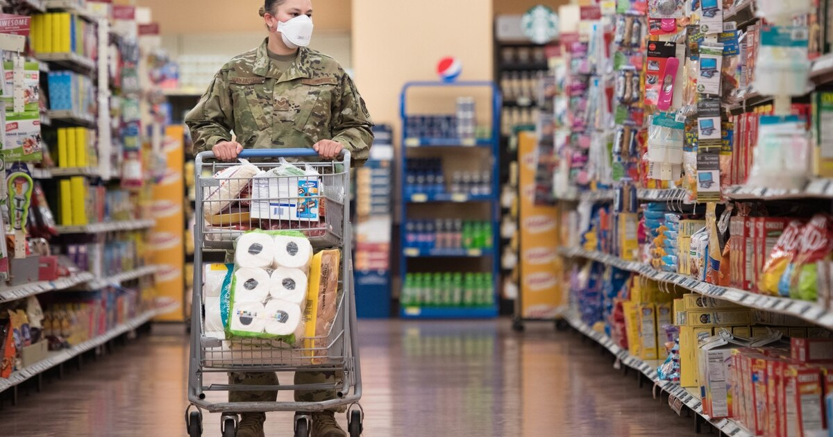 Military families need relief from rising food costs, airman tells leaders trib.al/KXzykiY