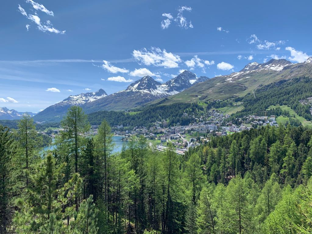 Lace up your walking boots and you are ready for adventure! Expect breathtaking views, a wealth of fauna and flora and an enchanting experience of the culture and landscapes of the Engadin. https://t.co/JJe03rbgLN