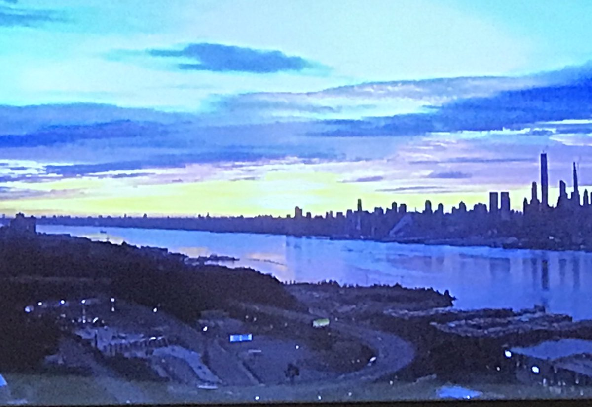 Beautiful wake-up looking over the #HudsonRiver from #Weehawken ...<br>http://pic.twitter.com/8sIxLRWael