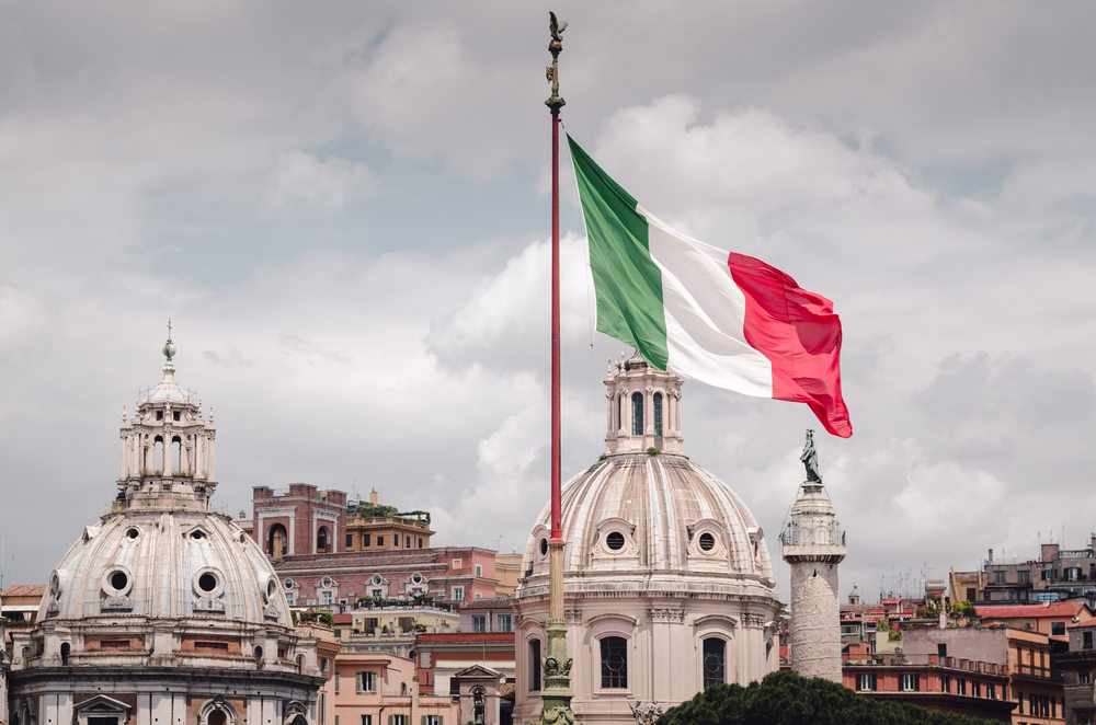 On #FestadellaRepubblica @IDLO is proud to stand with our host country and partner Italy in the fight against #COVID19 and in pursuit of our joint commitment to build resilient, peaceful, just and inclusive societies through the #RuleofLaw. @luigidimaio @ecdelre @ItalyMFA