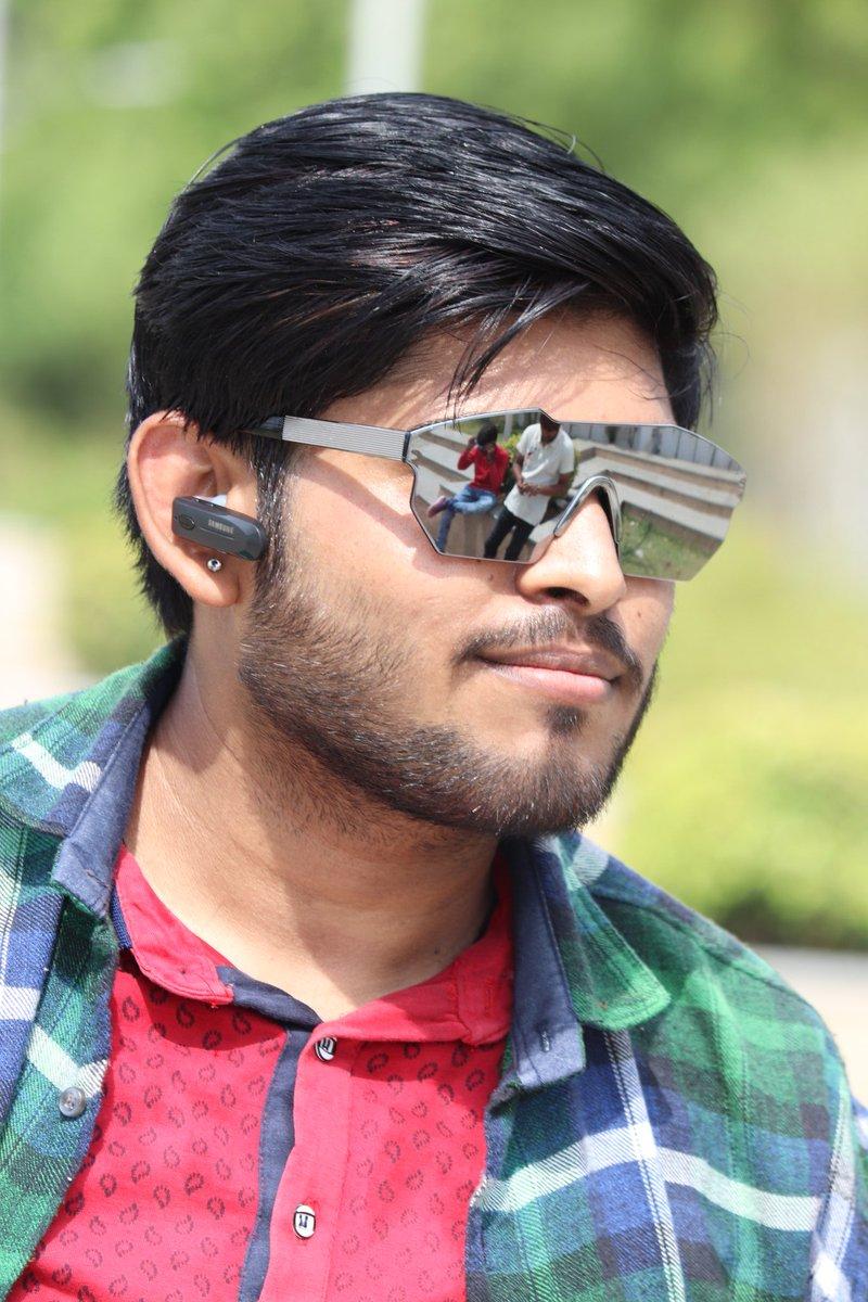#eyewear  #glasses #nose #head #human #snout #facialhair #sunglasses #cool #beard #photography #visioncare #fur #fawn #ear #straight #hairstyle #instahair #haircut #hairdye #hairoftheday #hairfashion #hairdo #curly #hairofinstagram #longhairdontcare #hairstyles #black #stylepic.twitter.com/hX4oqBJrQ4