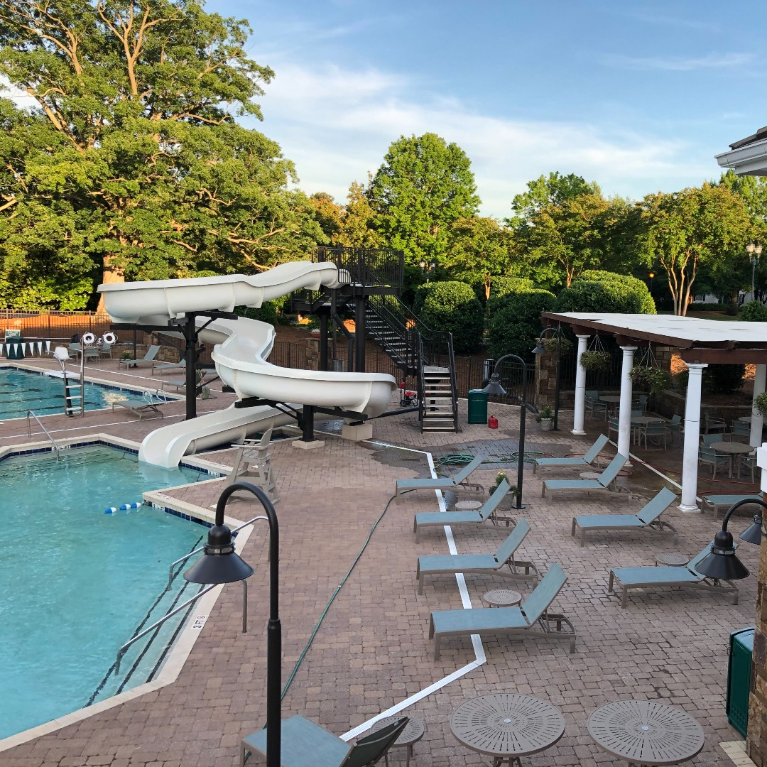The pool opens today! Be sure to register online for your two-hour block of time. The pool is open Monday - Sunday from 9:00 a.m. - 8:00 p.m. View our website for more details and registration.  #thepeninsulaclub #peninsulaclblife #clublife #lakenorman #cornelius #summer2020pic.twitter.com/TMBR2p4dMj
