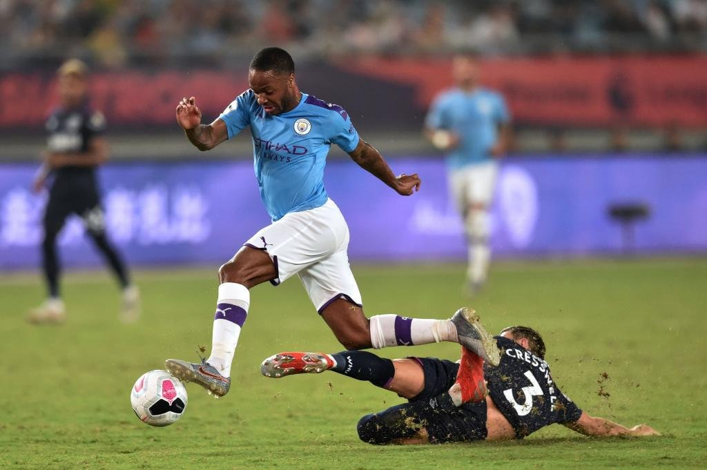 Raheem Sterling wants to join #RealMadrid, according to the Independent. With #ManchesterCity facing a two-year ban from European competition, the English winger would be keen on a move to Madrid over a move to another Premier League club.pic.twitter.com/v8ZLQzUX9U