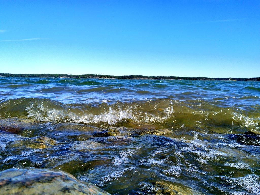 Afternoon seascape   #archipelago #balticsea #running #swimming #fagervik #ingå #inkoo #snappertuna #raseborg #raasepori #suomi #finland pic.twitter.com/u6iyA7yHIf