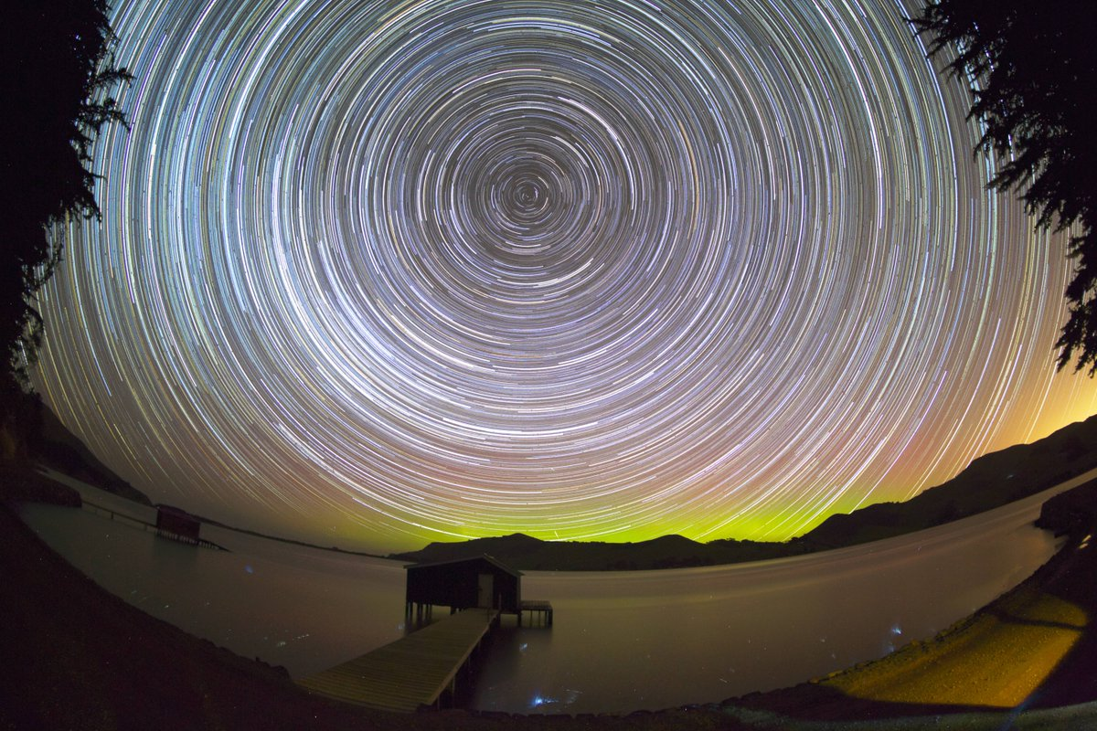 Obligatory re-tweet of my favourite star trail pic. An aurora glowing gently in the south as I cowered with my camera on a very windy night in Hoopers Inlet. Alone in immensity. That my friends is the Otago Peninsula. #beauty #amazing #startrails