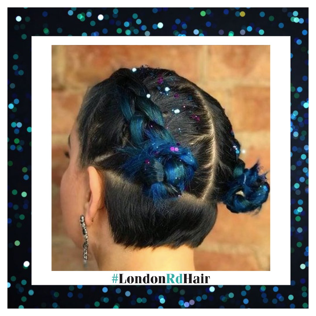 #Throwback to this festival inspired hair   Just because all outdoor events have been cancelled, it doesn't meant that festival hair is - right? #londonrdhair #hairdressing#hairdresser#hairdo #haircolour#hairstyle#salon #leicester#leicestersalon #leicesterstudentpic.twitter.com/j1t4qVVzCw