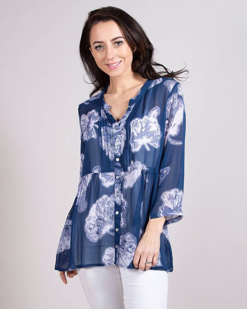 Our 'Navy Blossom Tunic Shirt' makes the perfect summer essential available @etsy     #Blogger #Accessories #Style #Fashion #Happy #Stylish #Look #Ootd #ootdfashion #Cute #Love #Happy #Photo #Outfit #Lookbook  #Instagood #Beautiful #Instagood #Womenswear