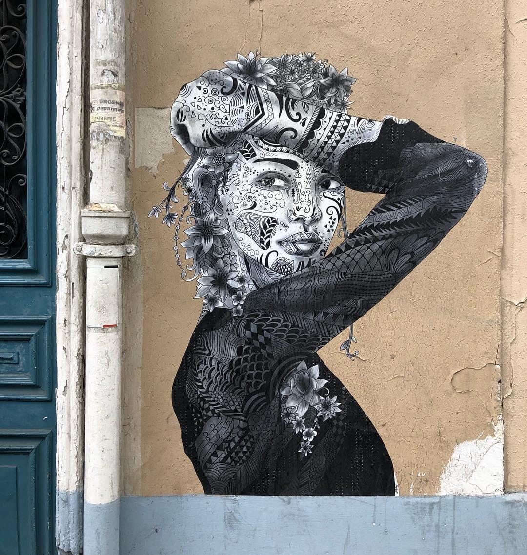 Another by Aydar in Paris (Photo by Artist) #StreetArt #Aydar #Paris pic.twitter.com/FNl0kjKkSq