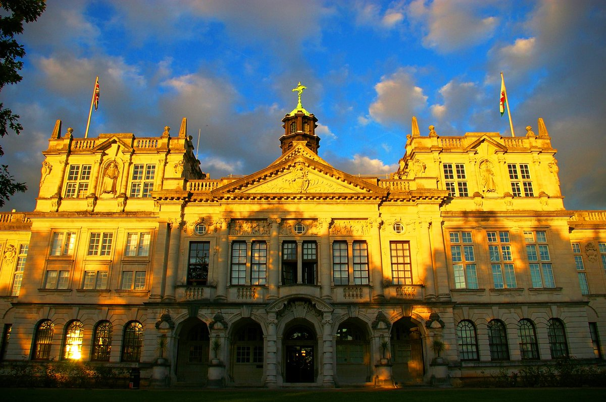 🗓️ We're pleased to confirm that we plan to open the #CardiffUni campus in September and are working on meeting government guidelines. We're putting the safety & wellbeing of students and staff first, whilst also considering how best to support study.  ➡️ https://t.co/rhFykP0mPb https://t.co/DXRui7emff