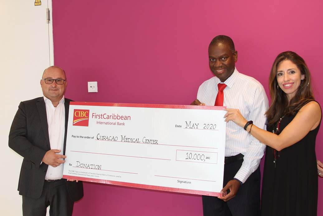 #CURACAO - CIBC FirstCaribbean through its charitable arm the FirstCaribbean International ComTrust Foundation, donated a total of USD$250,000 toward the purchase of the kits and hard needed equipment in the countries across its regional footprint.   http://ow.ly/c8Bg50zWzNTpic.twitter.com/to1bypVtNK