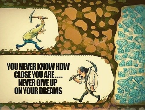 Giving up is the greatest failure. #TuesdayMotivation #TuesdayThoughts #tuesdayvibes #TuesdayMorning #quotes #quotestoday #quotesoftheday #quotesdaily #MotivationalQuotes #InspirationalQuotes #ernest6words #sixwordstoriespic.twitter.com/G3RNYcdfMK