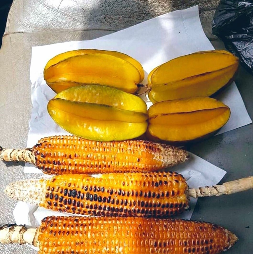 Which one is your favorite snack?  📸 @sierraleoneforlife  #ipctravel #yourguidetosierraleone #sierraleone  #westafrica #africa #westafrica #tourism #beautifuldesinations #ig_africa #travelgram #instatravel #checkoutafrica #seeafrica #freetown https://t.co/hgbOyL0qSe