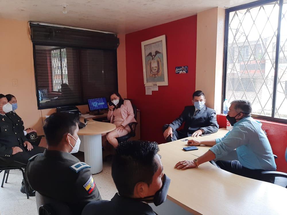 #GobernaciónCotopaxi #JefaturaPangua #ComisariaNacional #PolicíaNacional Coordinaron la semana de operativos en el cantón #Pangua por la emergencia del covid-19 #QuedateEnCasa #Por un #CotopaxiMásMejor @Gober_Cotopaxi @Presidencia_Ec @MinGobiernoEc https://t.co/DMR3CQku7n