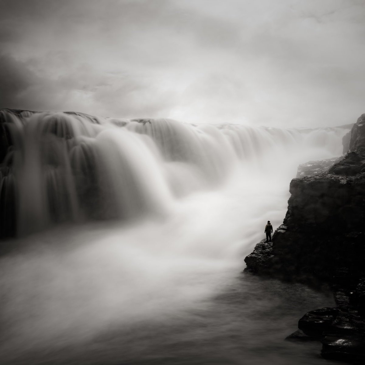 Figure and Waterfall, Iceland 2018 Jeffrey Conley, Photographer #photography pic.twitter.com/mMi2TLPBp6
