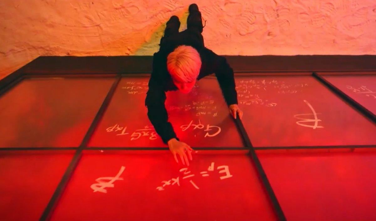 คิดถึง #EXO แล้วอ่ะ คถ.ตอนหัวหมุนกับการไขปริศนาที่ซ่อนในMV ทุกๆบั้ม จักรวาลอซ.ไม่สิ้นสุดซะที คถ.การครีเอทโลโก้บั้มแต่ละบั้ม มุแง้ คถ.มากๆเลย🥺😭