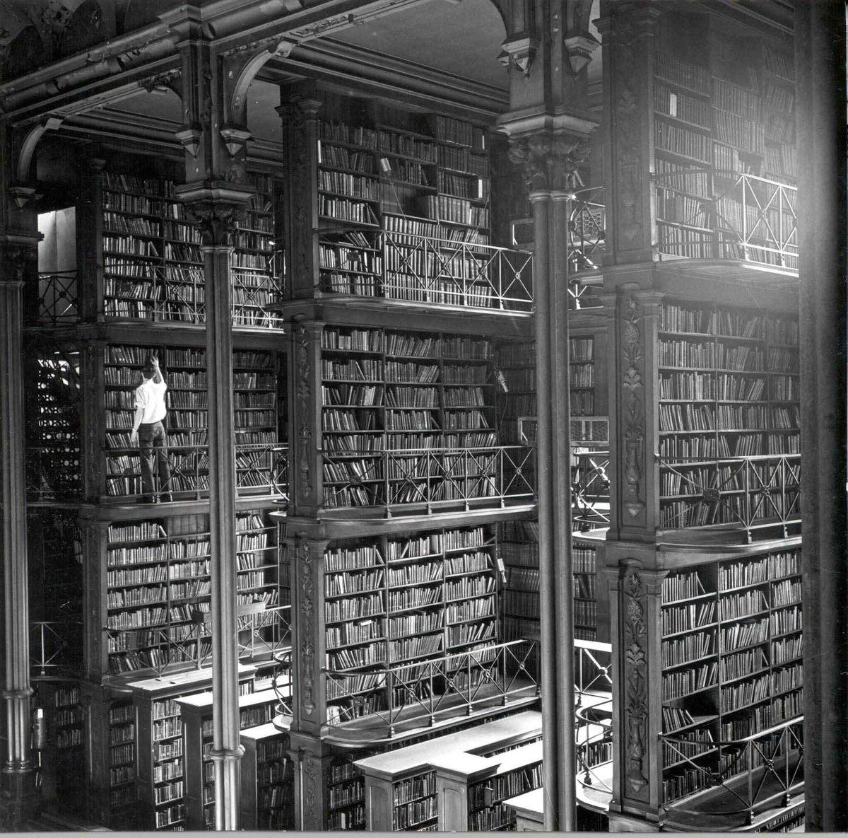 The Old Cincinnati Library before being demolished, 1874-1955.