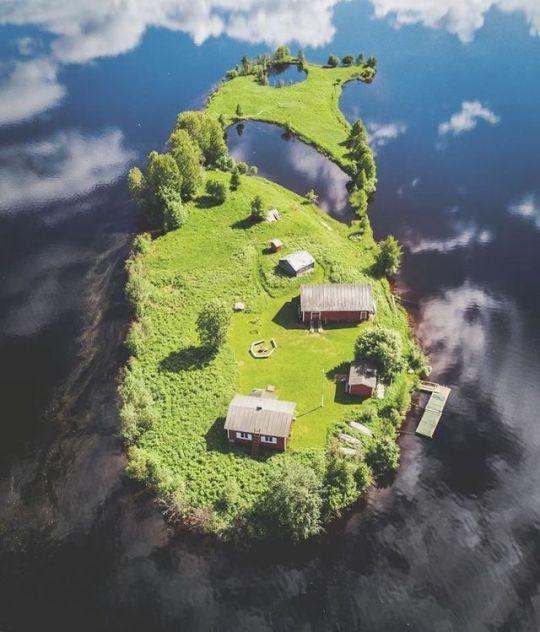 Kotisaari Island in #Finland Through the Seasons pic.twitter.com/XlkM26cIDp