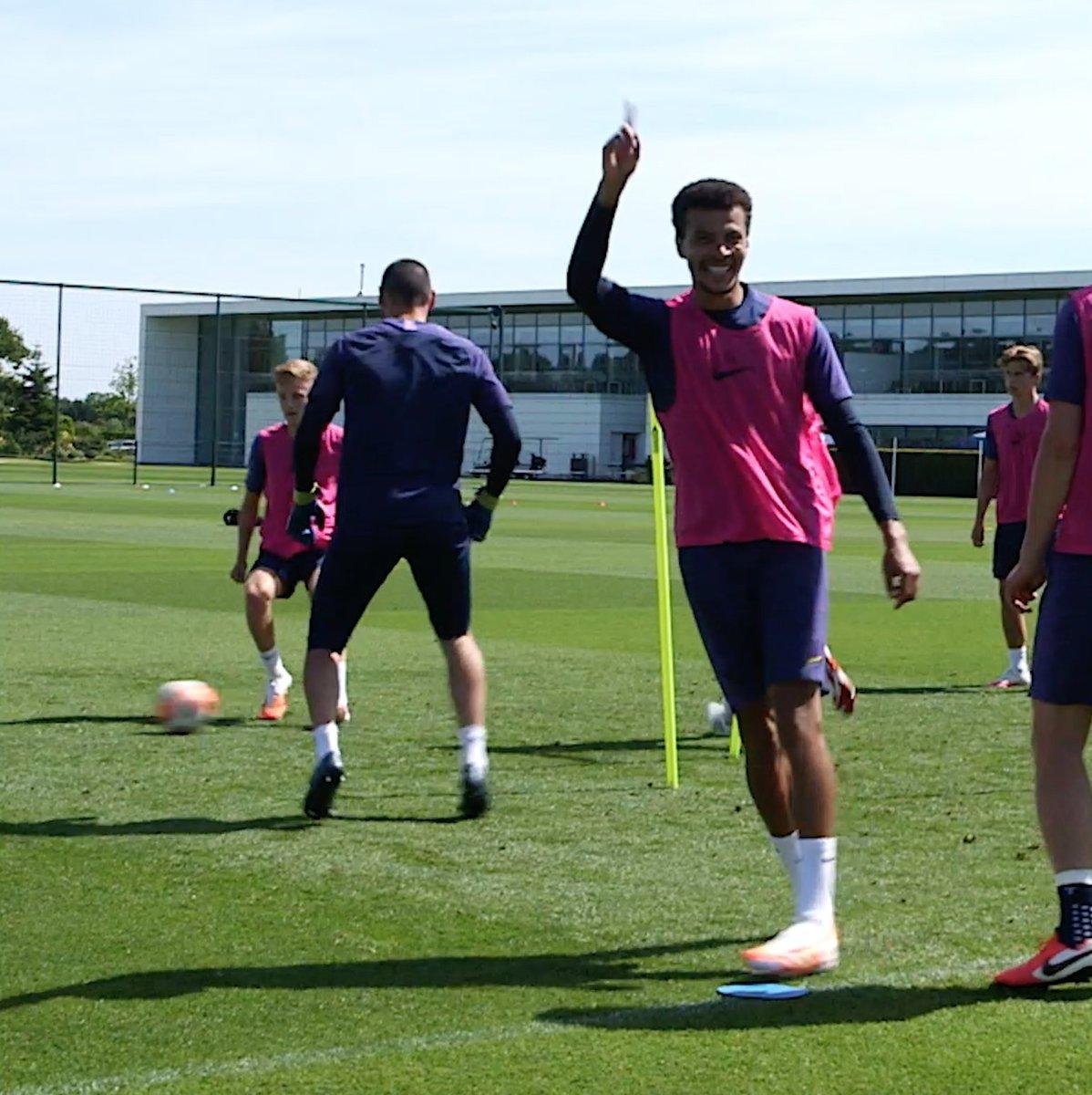 Dele Alli nutmegged Hugo Lloris in Tottenham training... But Lloris quickly got his revenge 🤭
