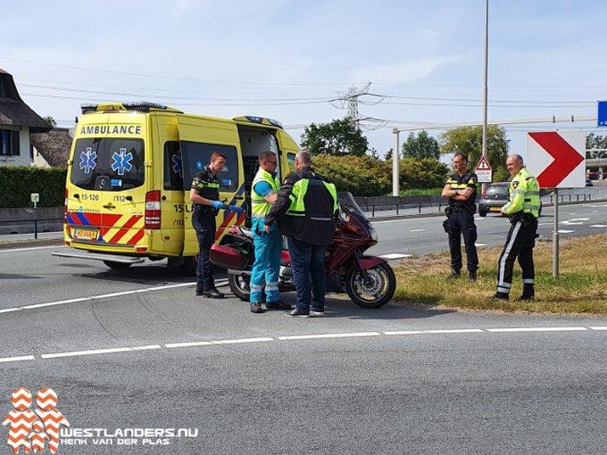 Vrouw gewond na motorongeluk Burgemeester Elsenweg https://t.co/D8xJJehgAS https://t.co/hMgeaM5dxS