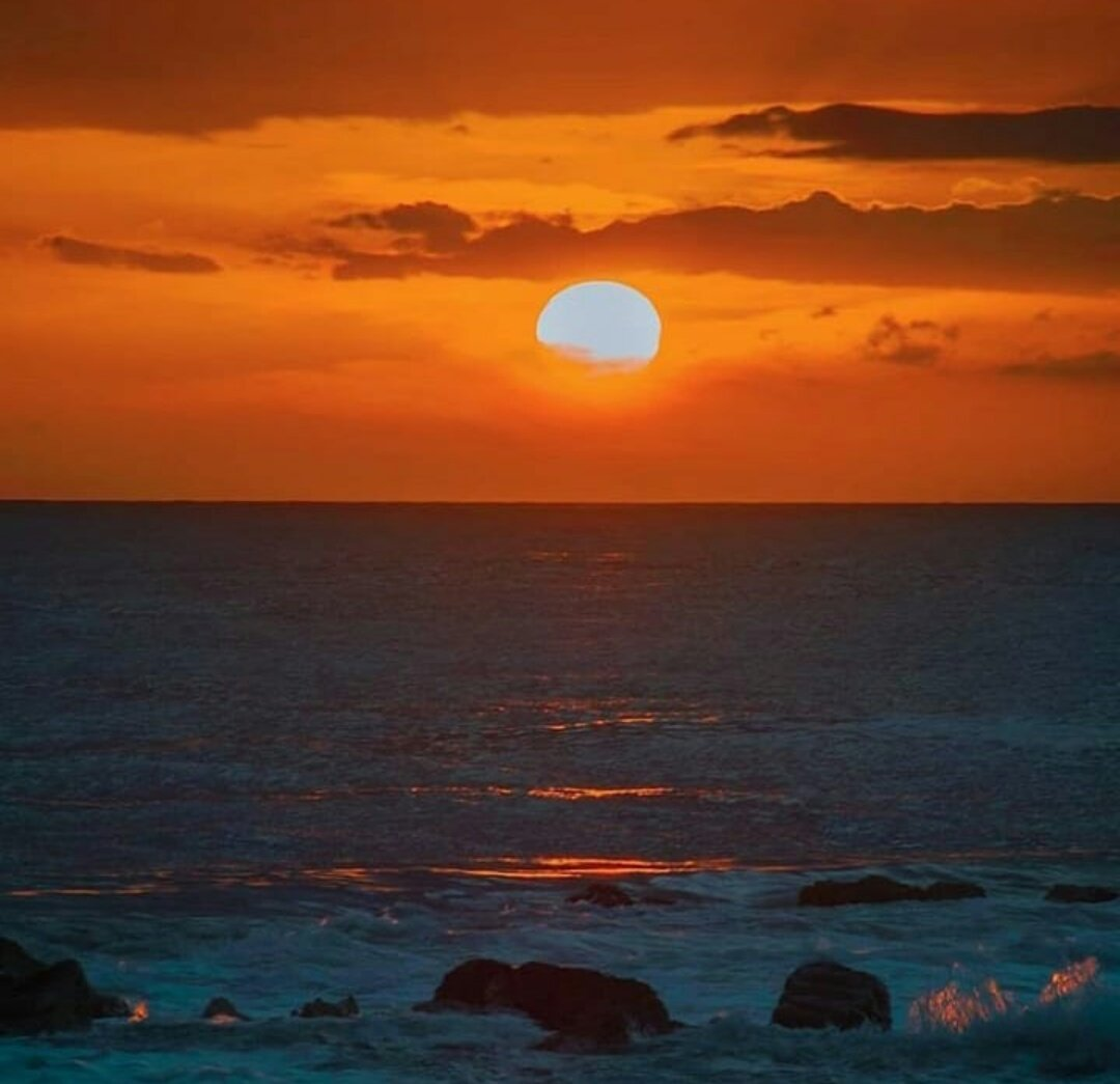 I want to watch all sunset with you only.   #love pic.twitter.com/6GHx4ISACA