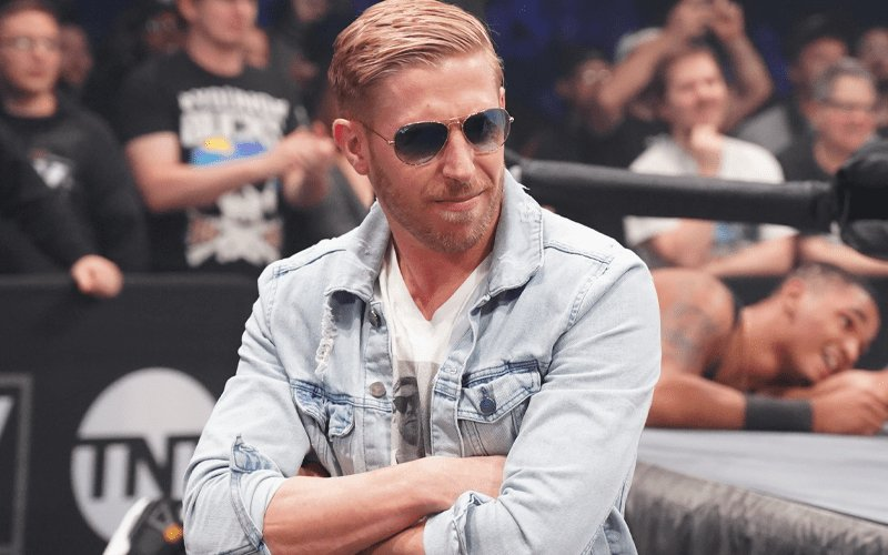 What do you think of Orange Cassidy? #AEW  #AEWonTNT  <br>http://pic.twitter.com/yXwEjNPf3D