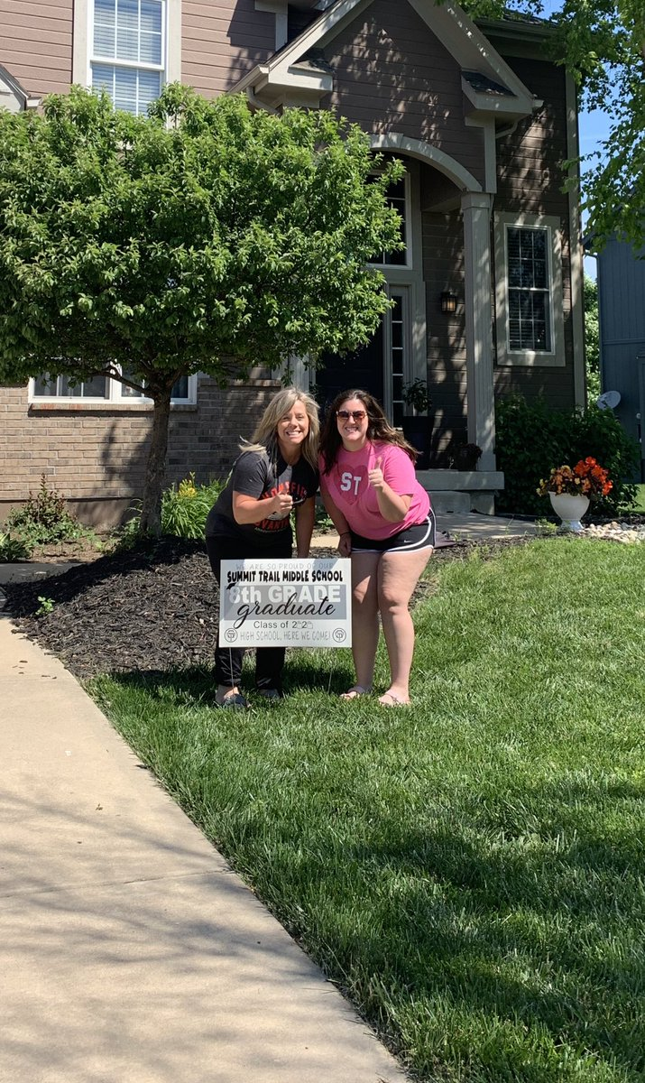 @taracomfort and I had so much fun delivering signs to our wonderful graduates this morning! Congrats ST 8th graders!! We will miss you ❤️ #sabercatstrong #STMSProud2020 @sigg_heath https://t.co/1IqAo3UWhR