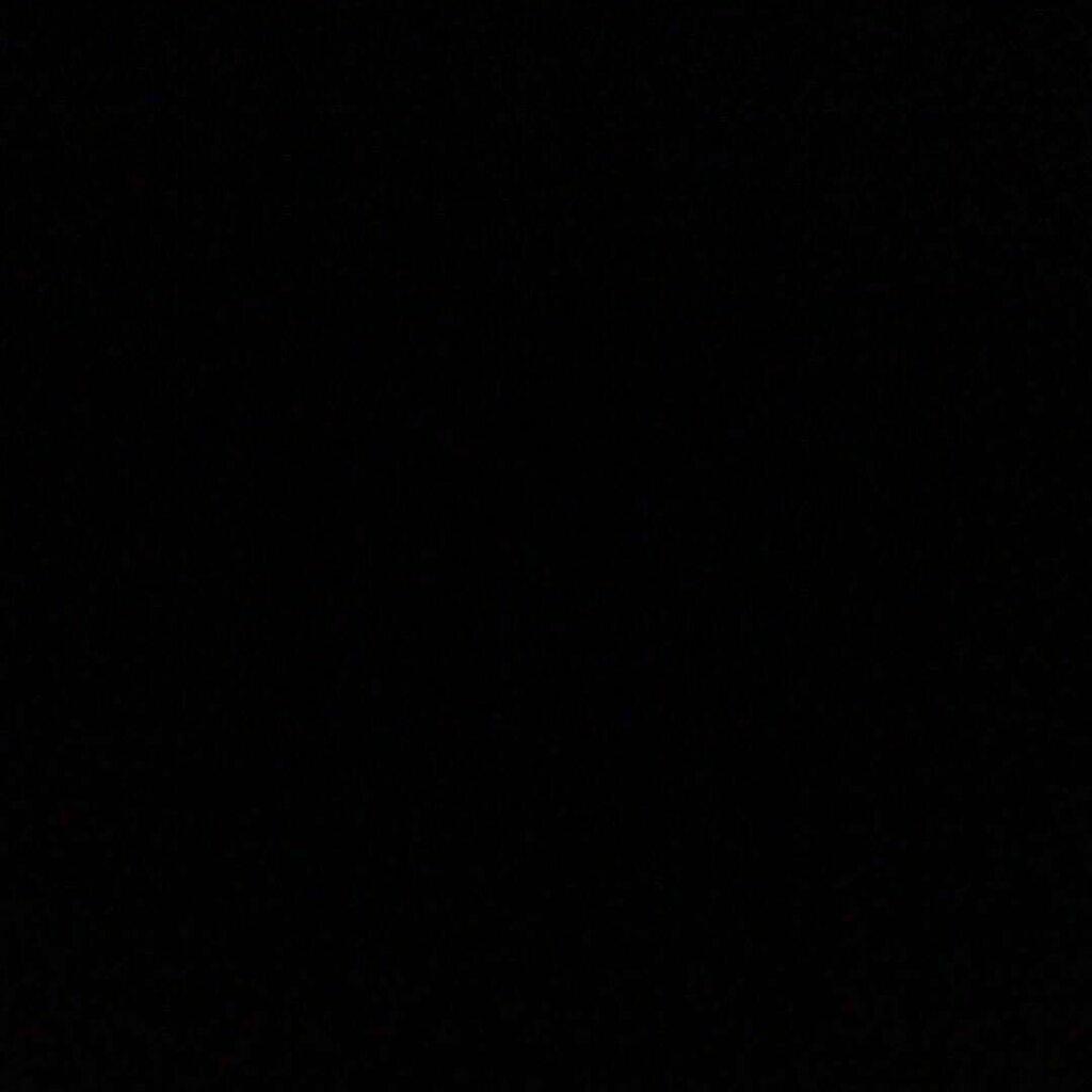 #blackoutTuesday 🖤 https://t.co/4sTOemhYA9 https://t.co/ES630RqlrR