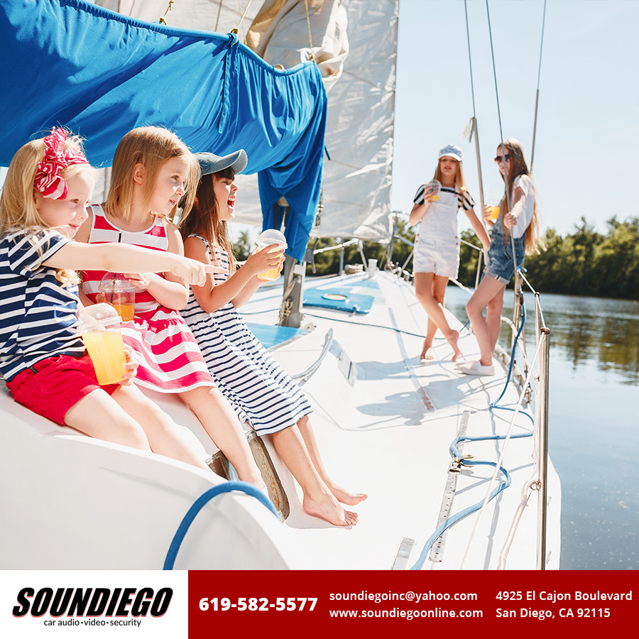 With summer around the corner, install a marine #audiosystem into your #boat and enjoy a ride around the lake with your family. http://ow.ly/43kB50zUDPWpic.twitter.com/85PV4yR3y8
