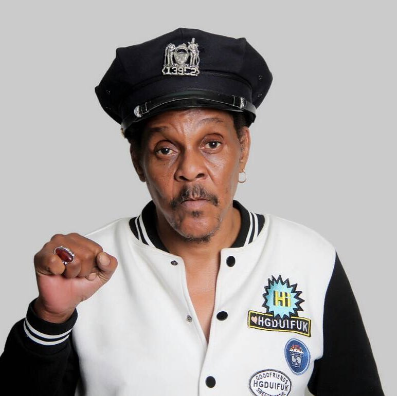 Majek Fashek was a great musician . The lyrics to his song So Long, Too Long remain true as a wake up call to Africans till today.   Rest in Peace To A Legend <br>http://pic.twitter.com/D6FjV87mAc
