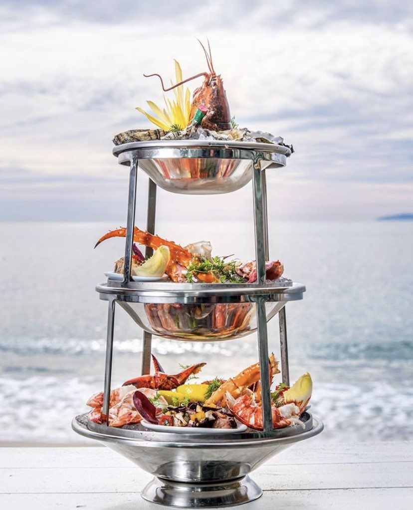 @TheDeckLaguna is open for dine-in service and look what's on their menu..  . . . #thedeck #lagunabeach #foodie #laguna #beach #seafood #seafoodtower #deckonlaguna #eatlocal #shoplocal #dinelocal #dineinstyle #lobster #crabpic.twitter.com/NHTI2UYlxc
