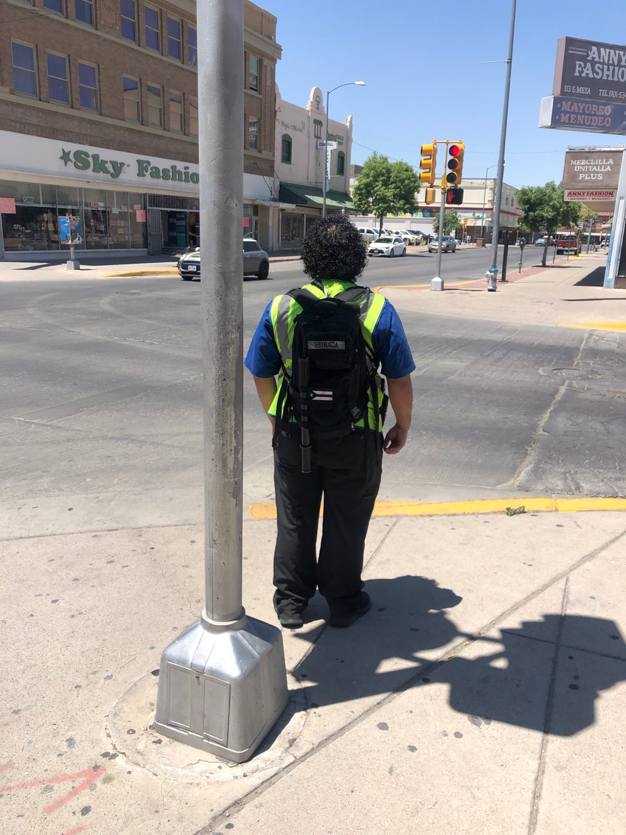 Starting to see some very concerning thing in #ElPaso #Texas check the guys backpack out and my source found an unattended bag. All have been reported to Law Enforcement. Stay vigilant El Paso.<br>http://pic.twitter.com/q3wOb1Pybp
