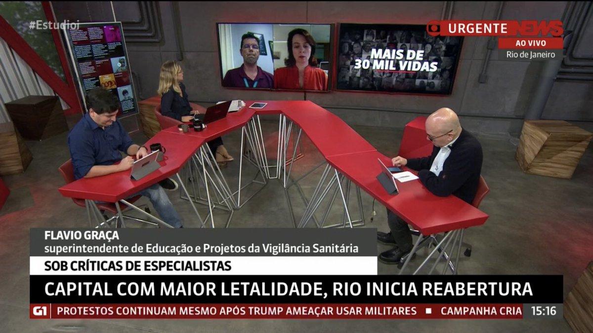 Muito #migas: assim como eu, Maria Beltrão também está de folga. Mas também adoro Leila Sterenberg. 🤗 https://t.co/A9qloLLdrG