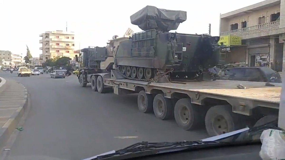 A Turkish army convoy with Atilgan PMADS and M107 SPG has entered Idlib Province today.