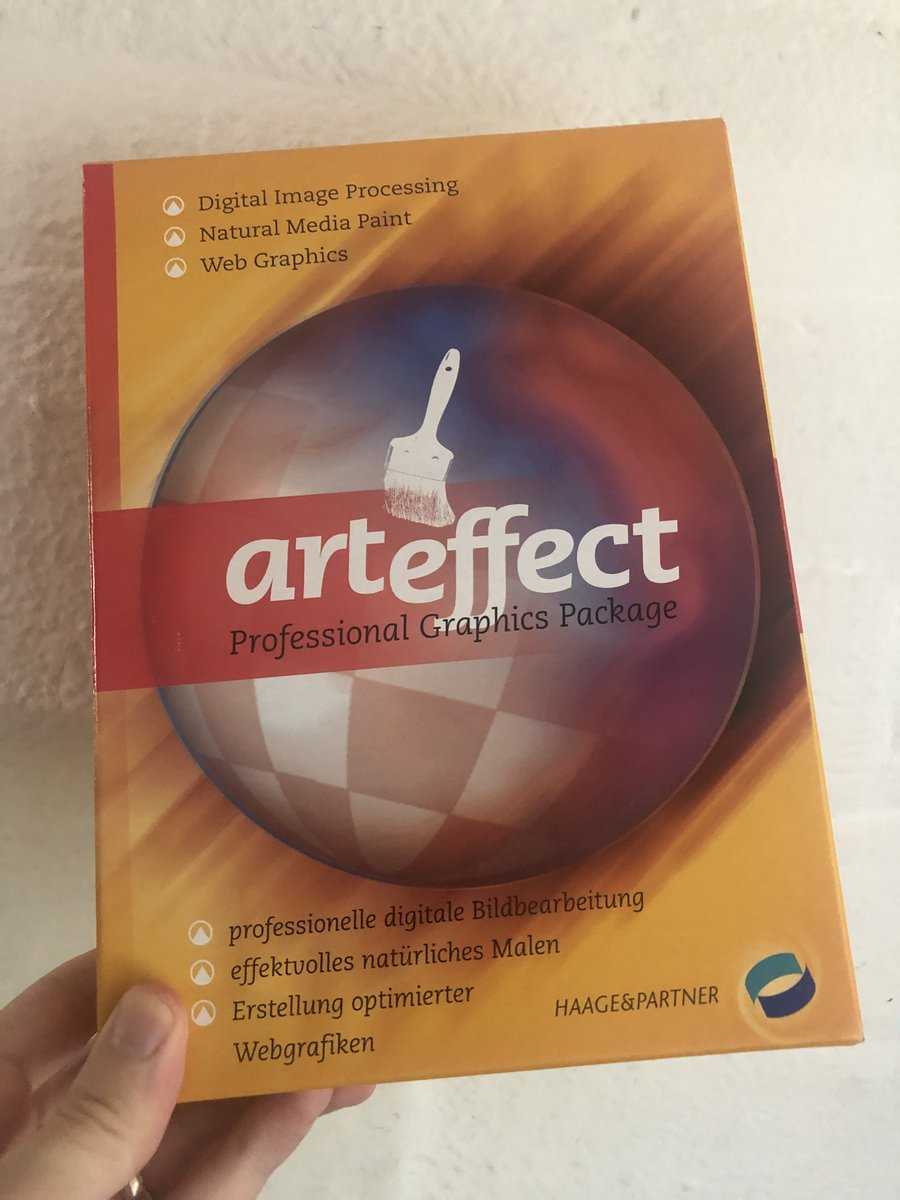 test Twitter Media - Arteffect arrived! It's manual is in German but it's all easy to understand anyway.   Recommended specs: 68040.. uhoh this might be rough. 😅 It's running beautifully in fs-UAE but I'm still on a quest to get tablet pressure working fully, will try on the a1200 tomorrow! https://t.co/iDl1qz1zvZ