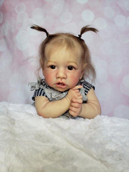Saskia by Sabrina Smith https://www.reborns.com/t/75719  #lifelikebabydolls #babydoll pic.twitter.com/fmcKIoaKdH