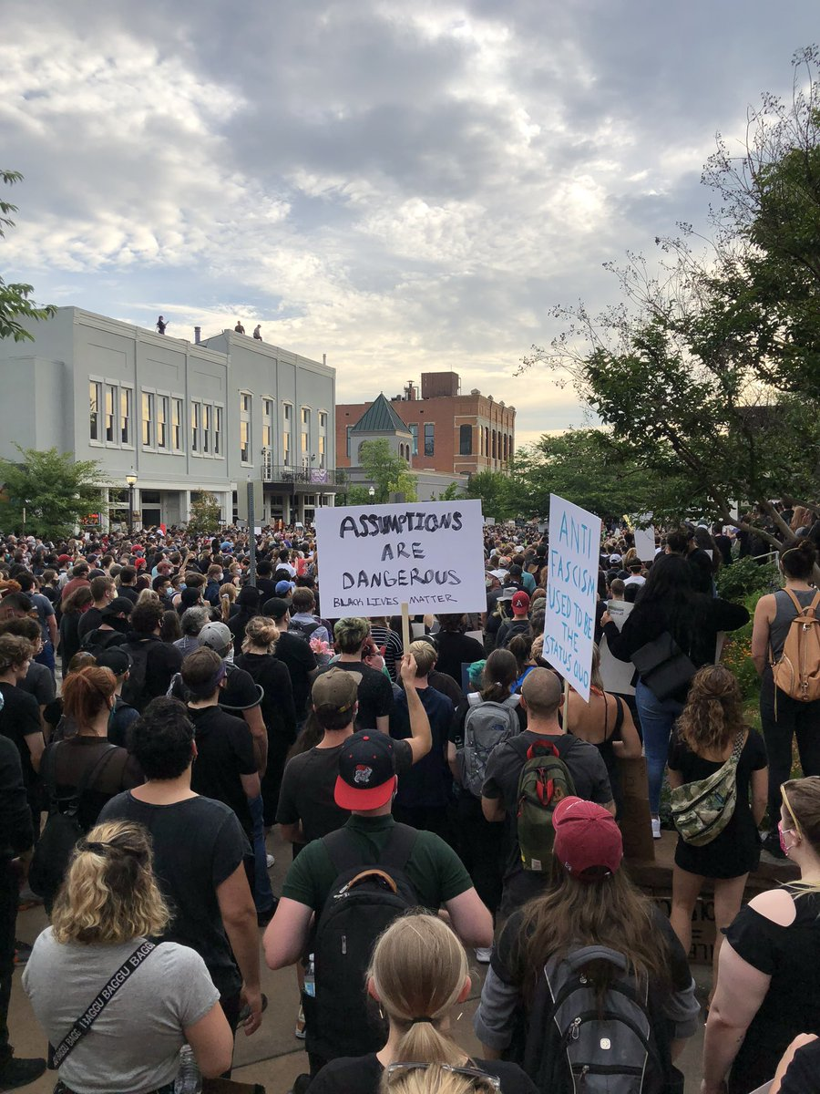 I'm in downtown Fayetteville, Arkansas at the protest. Huge crowd. https://t.co/8HZQP0CNiz