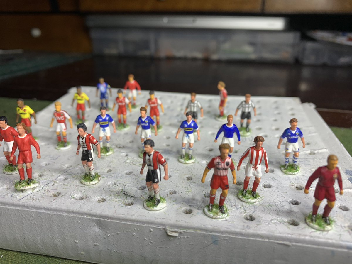 Some more players completed so far  this week. All bar two, to go in Everton cup run frames - 1966 and 1984. #efc #handcrafted #subbuteo #evertonfcpic.twitter.com/6R8D45A8aL