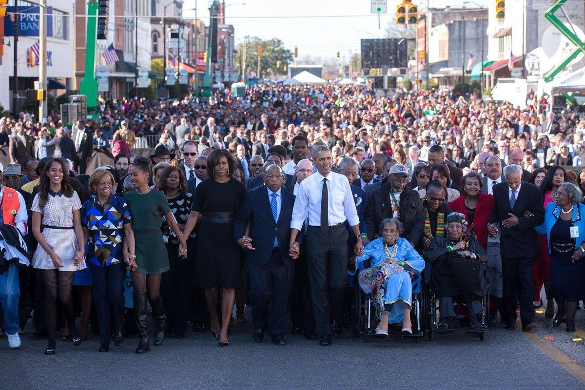 Que cosa tan Bella @BarackObama y @OfficialMLK3 #AllLivesMatter #respecteveryone #BlackLivesMatter https://t.co/82YagAWejd