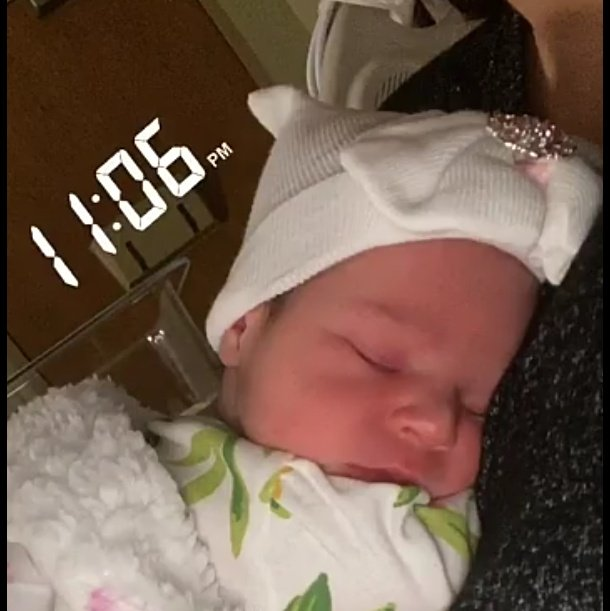 #NewProfilePic my newest #granddaughter #Alice (named after my mama💜) 🍼🚼 born this morning❤️