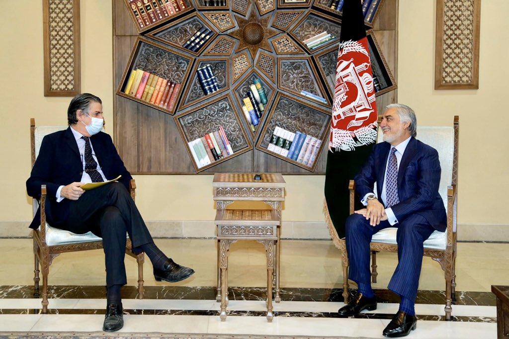 ستیفانو پونتیکورو، نمایندهی غیرنظامی ناتو در افغانستان با عبدالله عبدالله، رییس شورای عالی مصالحهی ملی کشور دیدار و در مورد روند صلح افغانستان بحث و گفتوگو کرده است. #Afghanistan #NATO   #Peace https://t.co/C527Yrc14c