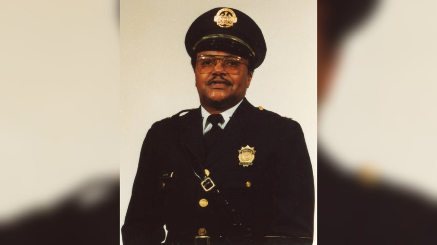 Retired St. Louis Police Captin Shot Dead By Looters - https://t.co/qFpCTYAO8P https://t.co/LGEIbP4aOq