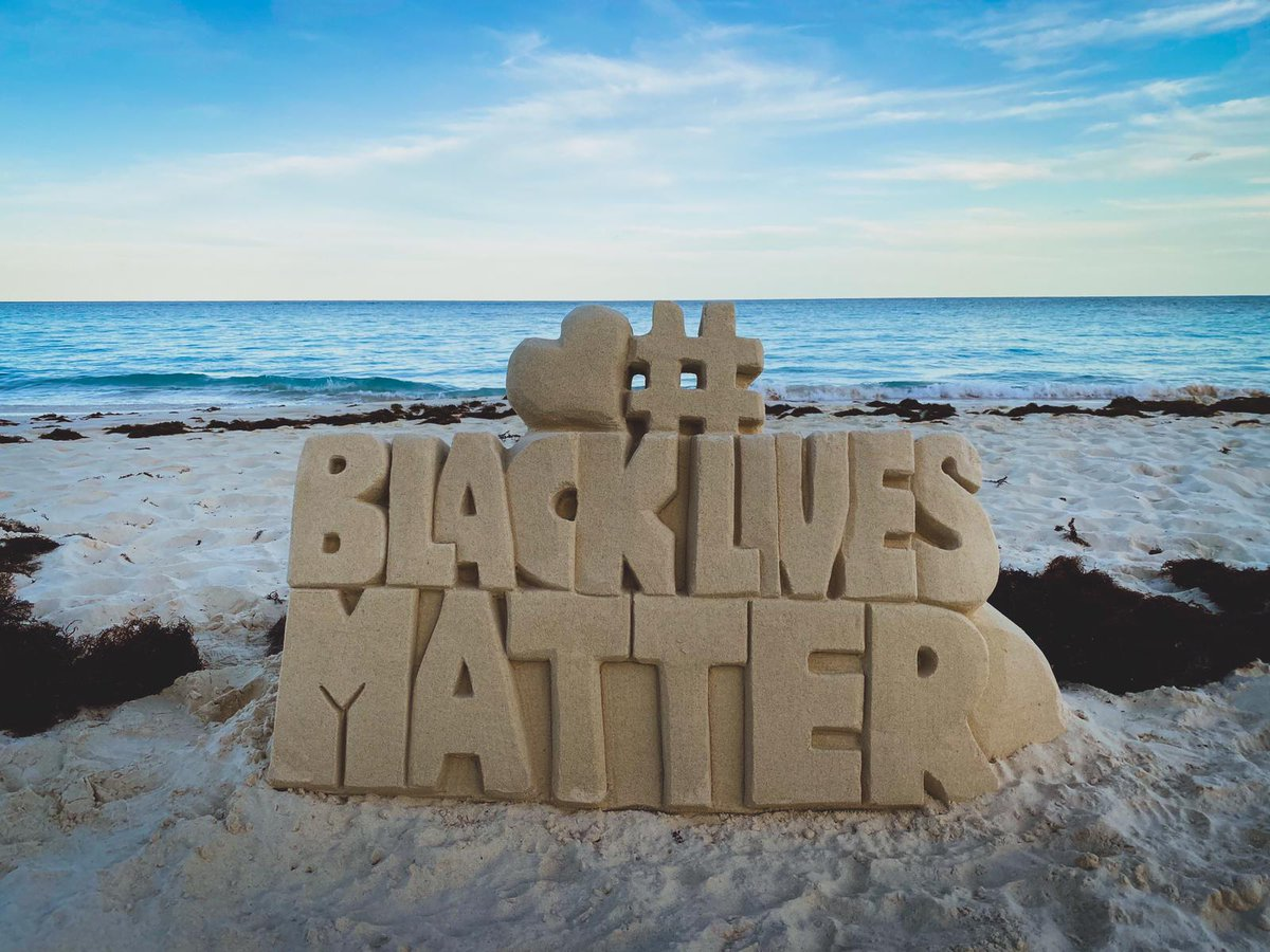 A #BlackLivesMatter  made of sand could be seen today at a Elbow Beach.   Photo: Kamel Dickinson <br>http://pic.twitter.com/bXnEgDflJk