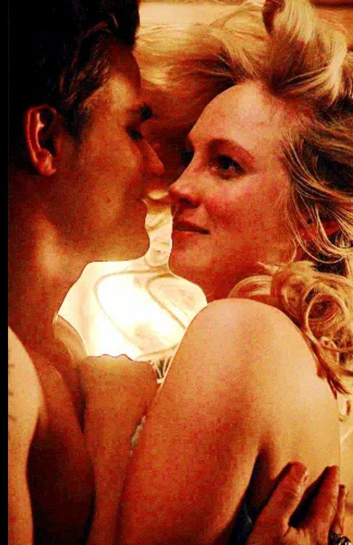 my babies. Love them so much  Stefan and Caroline Salvatore #steroline #StefanandCaroline #TVDpic.twitter.com/J65O0EVHbR