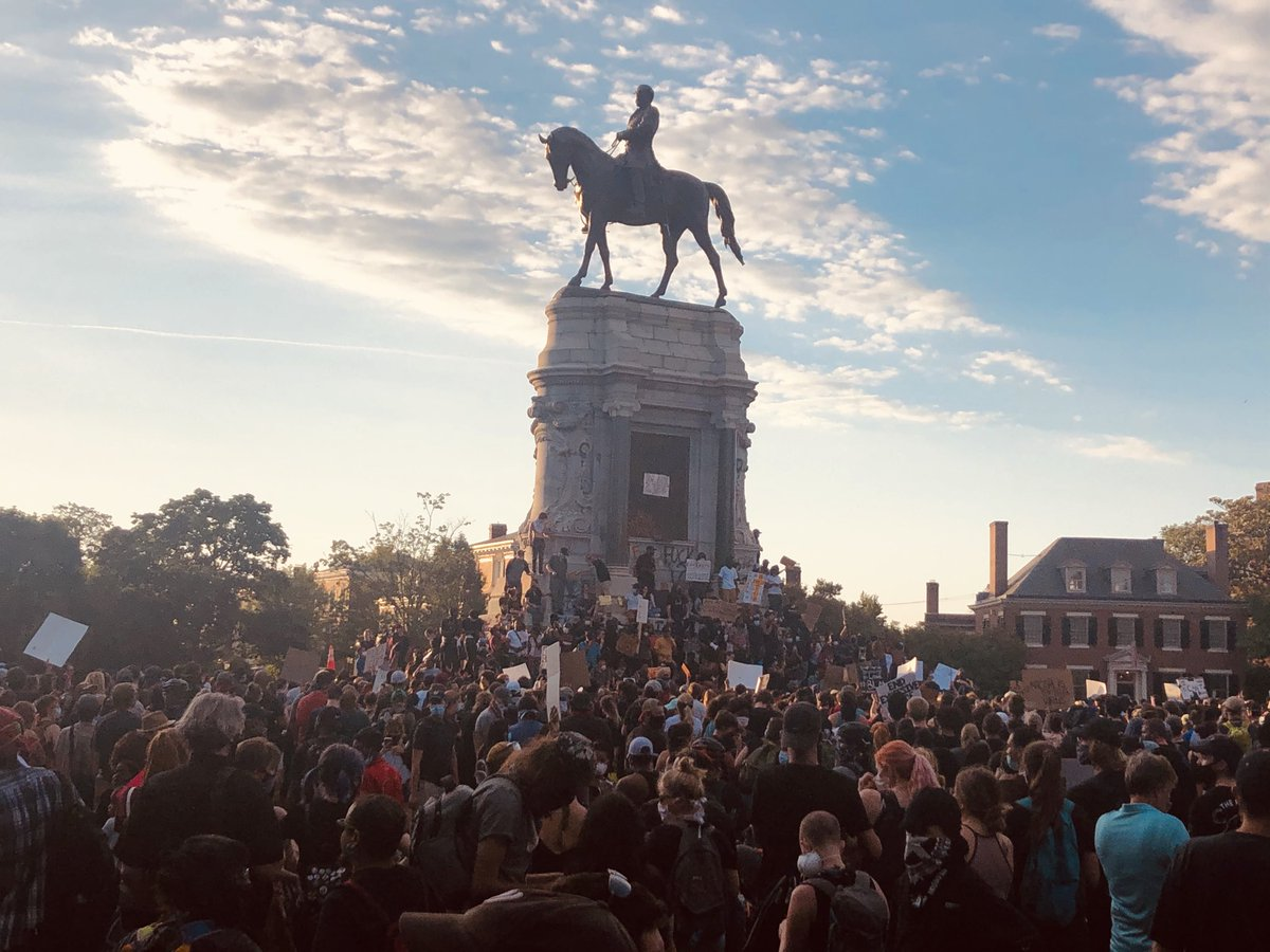 Thousands gathered at the Robert E. Lee monument this evening for the eighth day of George Floyd protests. Photo by Scott Elmquist.