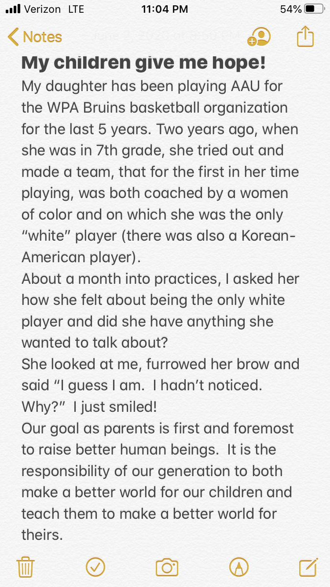 Parents are inherently proud of their children and moments like this with my daughter let me know that they have a chance to live in a better world! #sportsteachlifelessons @WPABruinsAAU @Twism44pic.twitter.com/Ppmwq8RS0q