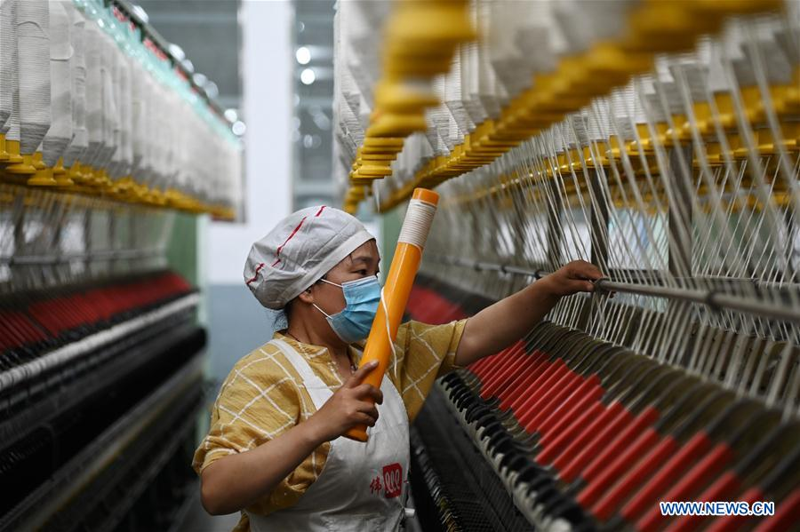 The Caixin #services Purchasing Managers Index (#PMI), a private survey of activity in #China's services sector, hit 55 in May, up 10.6 points month-on-month. The Caixin comprehensive PMI stood at 54.5 in May, its highest since January 2011.pic.twitter.com/8eIgKQUSqI