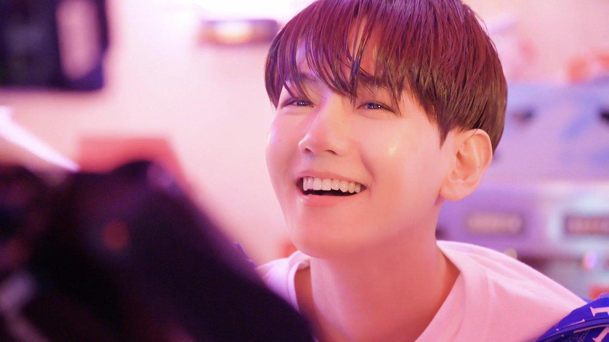 Way BAEK into Candy MV 🍬🕺🏻 #백현 #BAEKHYUN #엑소 #EXO #weareoneEXO #Delight #Candy #BAEKHYUN_Candy #큥이_에리_기가막힌_케미스트리 #수호 #SUHO #찬열 #CHANYEOL
