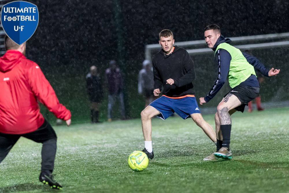 MISSING FOOTBALL? SIGN UP TO OUR NEW WEDNESDAY NIGHT 5 A-SIDE LEAGUE.   2 divisions, 16 teams. 40-minute games.  #6aside #football #league #welwyngardencity #hertfordshire #fitness #exercise #goal #getfit #soccer #MNF #FAaffiliated #photography #FAreferees #run #running #goals https://t.co/kSaKNEAKIR