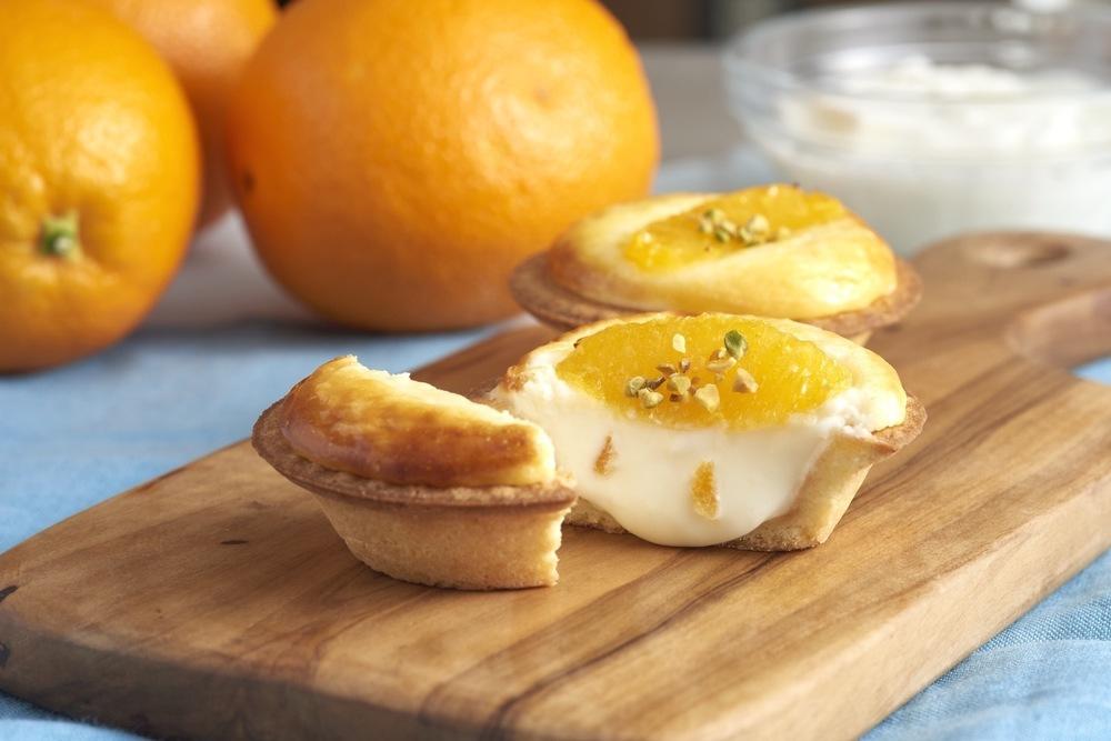 チーズタルト専門店「ベイク」オレンジ×ギリシャヨーグルトの夏限定チーズタルト -