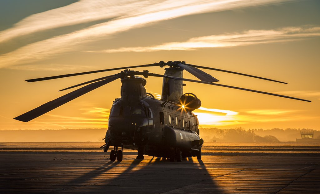 It's #WokkaWednesday!   This year marks 40 years since the first @BoeingUK Chinook was delivered to the @RoyalAirForce.   If you have a story of the #Chinook you would like to share please get in touch with #TeamOdiham.   📧 Odi-Chinook40Faces@mod.gov.uk     #Chinook40 https://t.co/ezQxC0Omnp